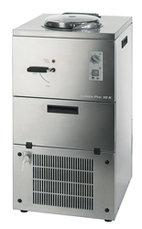 Glassmaskin med luftkylning, kapacitet 6 liter, produktion 10 kg / h